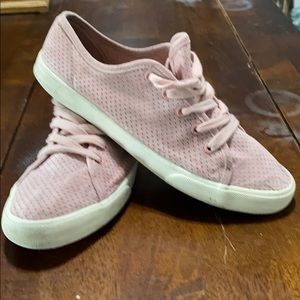 Woman's Rose Sz 9 Universal Threads Sneakers.